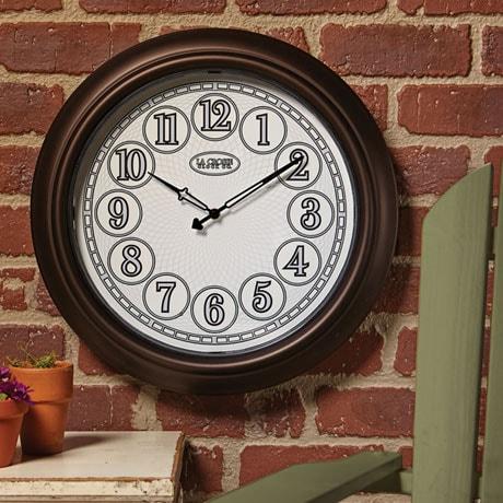 Indoor/Outdoor Lighted Wall Clock