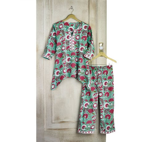 Red and White Flower Pajama Set - 3/4 Sleeves