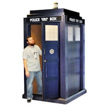 Life-Size Doctor Who TARDIS