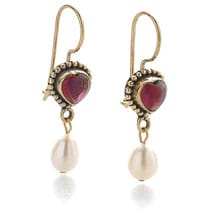 Classical Garnet Heart Earrings