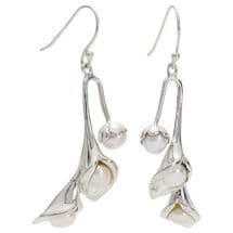 Pearl Calla Lily Jewelry: Earrings
